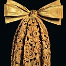 Limewood cravat by Grinling Gibbons, c.1690